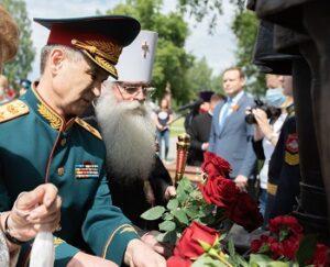 Открытие памятника Карелия 02